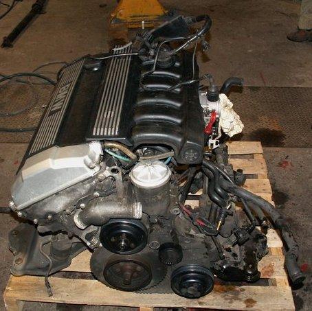 Двигатель: 28 turbo наддув: 32 psi мощность: 980 лс момент: 900 нм официальный рекорд: 8781 сек